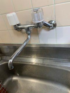 東京都西東京市でキッチン水栓の修理・交換工事を行いました